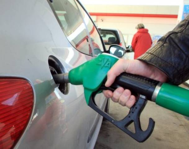 61116382-crude-oil