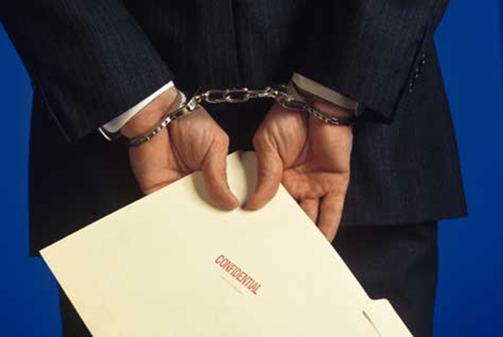 Lawyer-Singapore Why Hire Us To Help You On Criminal and Fraud Cases